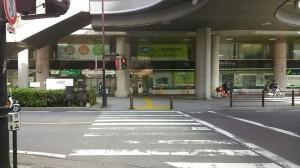 川口駅東口